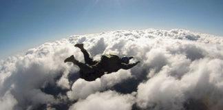 Szkolenia AFF - bezpieczna nauka skoków ze spadochronem