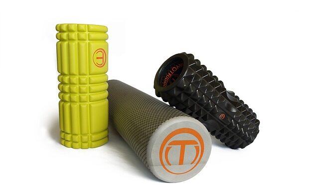Jakie akcesoria przydadzą się podczas treningu siłowego?